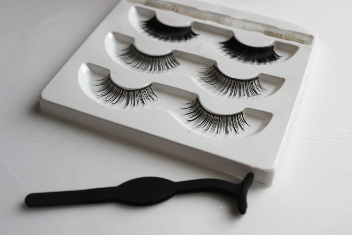 Max and More Nepwimpers & Catrice Lash Applicator | Review
