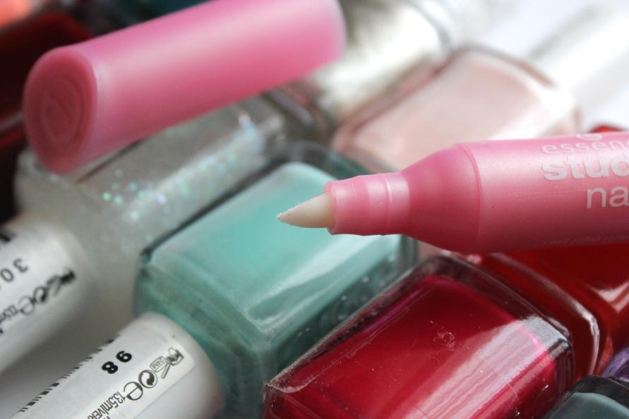 Essence Nail Polish Corrector Pen | Review BeautyBitsBlog.com