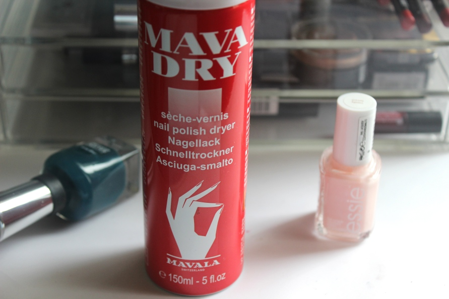 Mavala Dry Spray | Review BeautyBitsBlog.com
