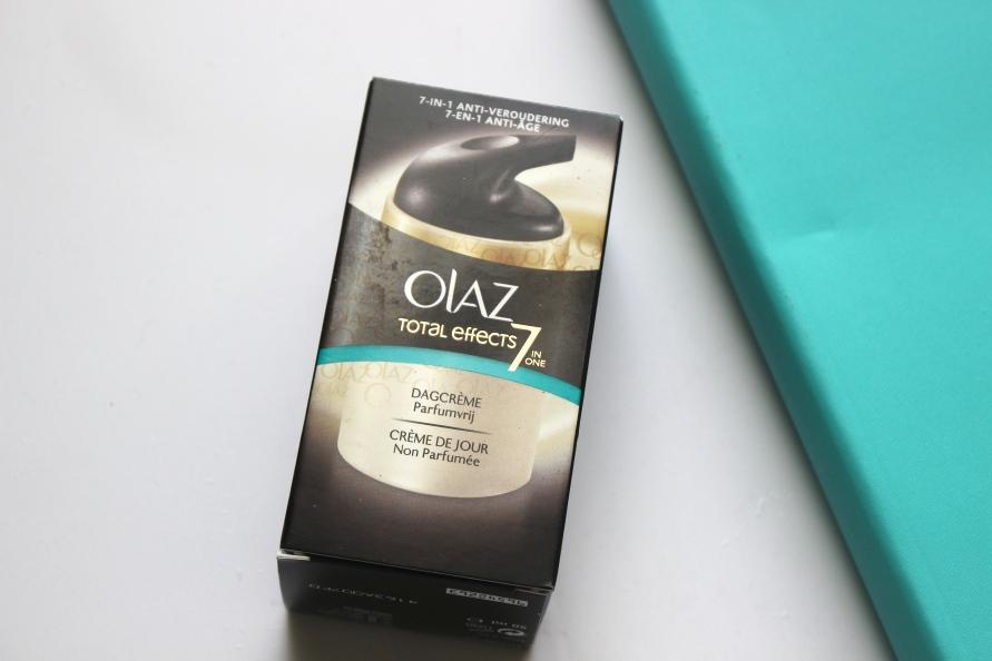 Olaz Total Effects 7 in One Parfumvrije Dagcrème | Review BeautyBitsBlog.com