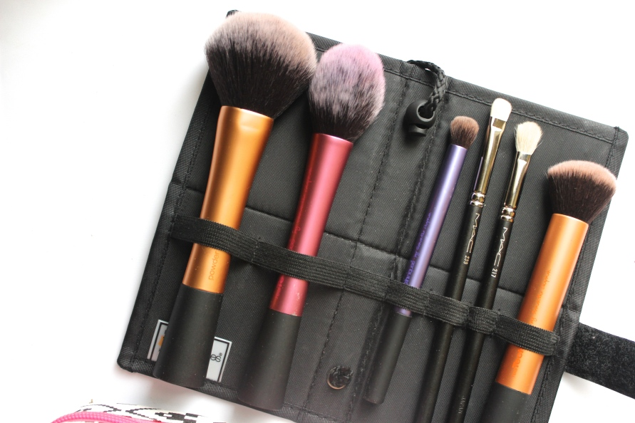 What's in my Trave Make Up Bag? | BeautyBitsBlog.com