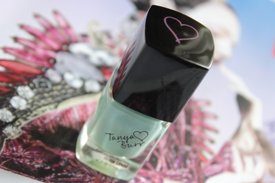 Tanya Burr Cosmetics nagellak - Little Duck | Review