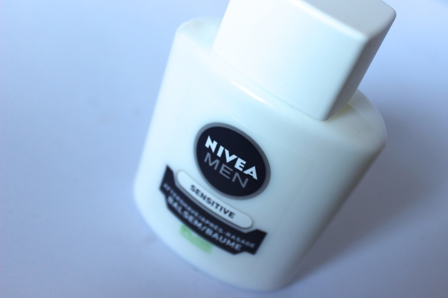 Nivea Men Sensitive Aftershave balsem als primer | Review BeautyBitsBlog.com