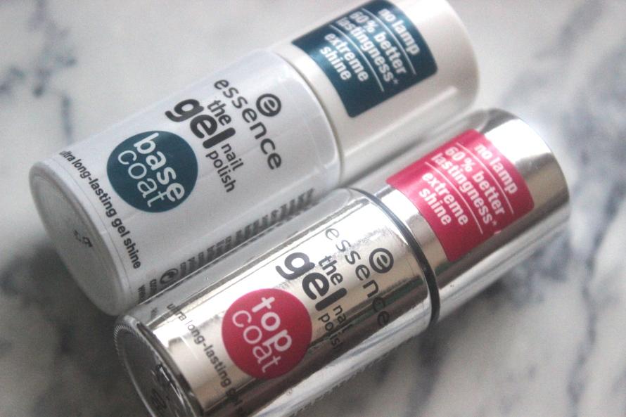 Essence The Gel nail polish - Electriiiiiic | Review BeautyBitsBlog.com