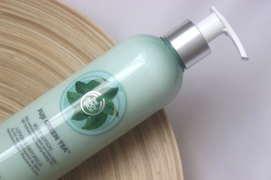 The Body Shop Fuji Green Tea Body Lotion | Review BeautyBitsBlog.com