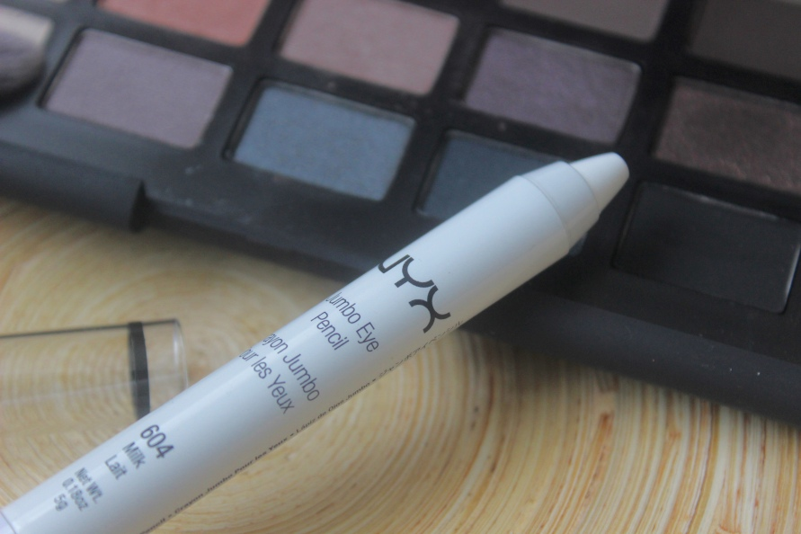 NYX Jumbo Eye Pencil - Milk | Review BeautyBitsBlog.com