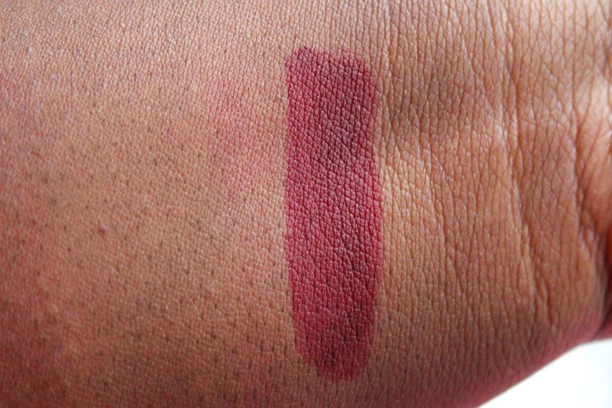 LA Girl Liquid Lipstick - Backstage | Review 6