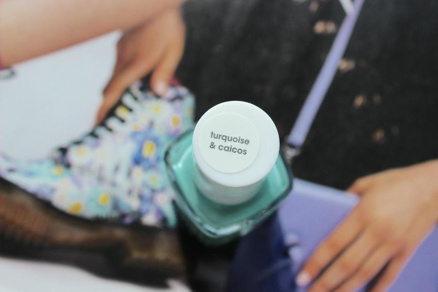 Essie - Turquoise & Caicos 4