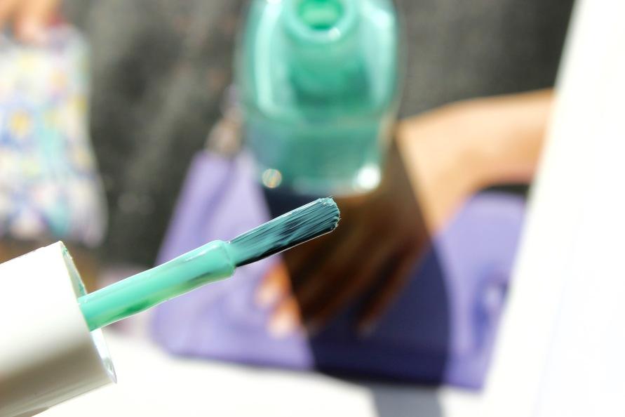 Essie - Turquoise & Caicos 3